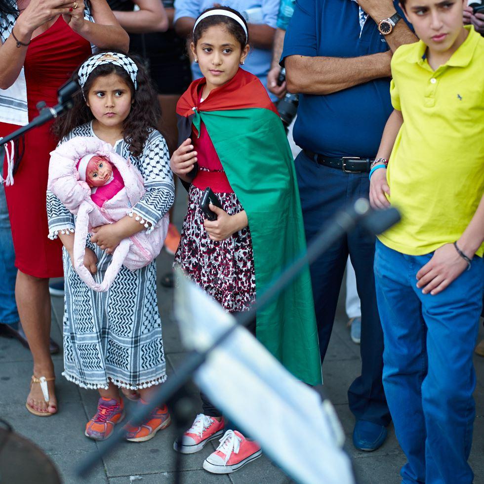 140723_L1005390 140723 Manifestation för Gaza