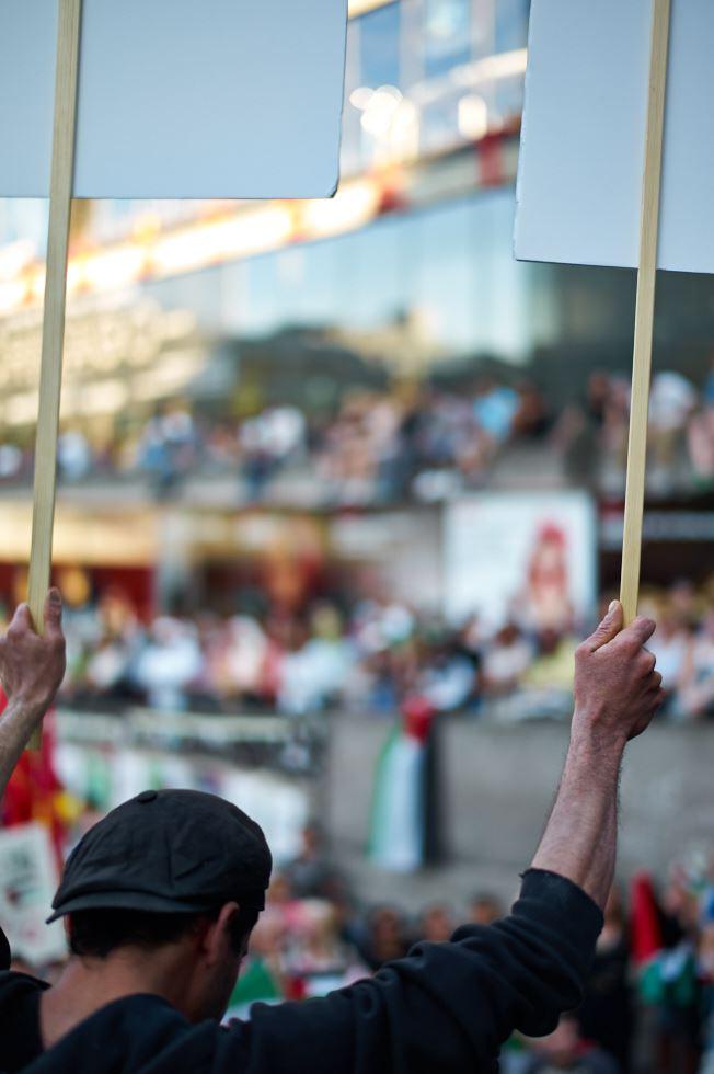 140723_L1005404 140723 Manifestation för Gaza