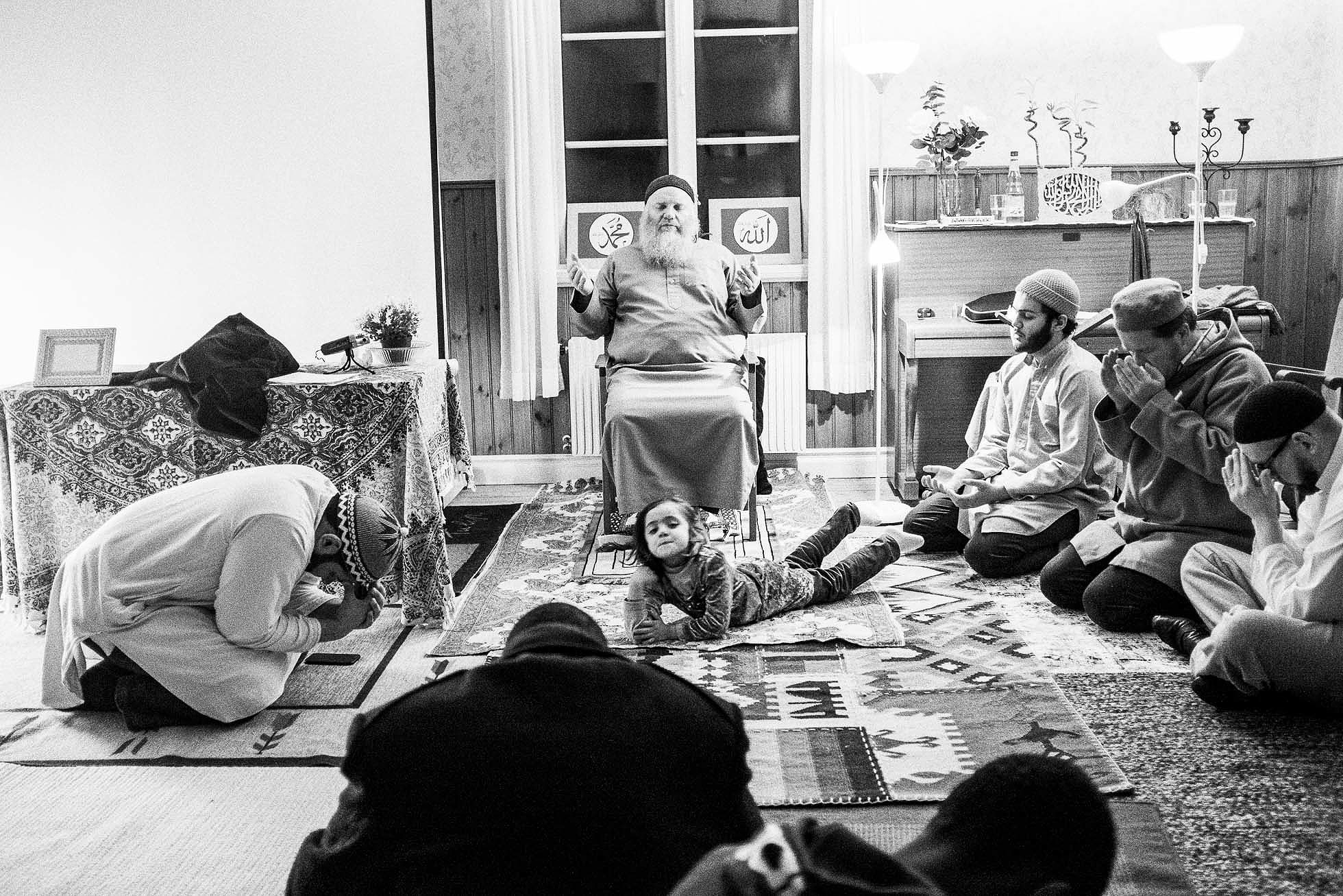 Sufi-Retreat-150131-39(pp_w1960_h1307)